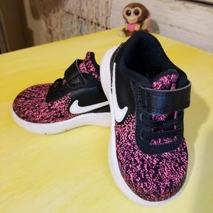 Nike Little Girl Toddler Sneakers Size 5c.